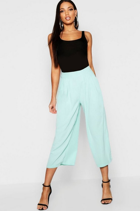 Pleated Front Woven Wide Leg Culotte