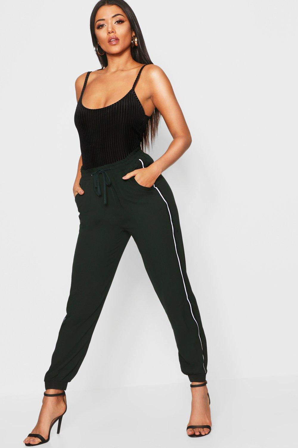 Side Tape Woven Jogger