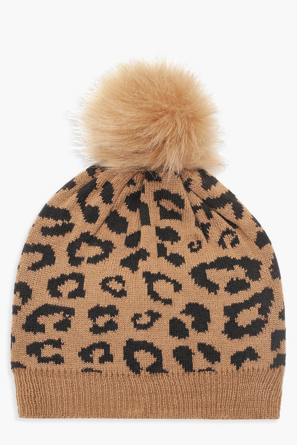 5c88ee3a210 Bonnet à pompon en fausse fourrure léopard