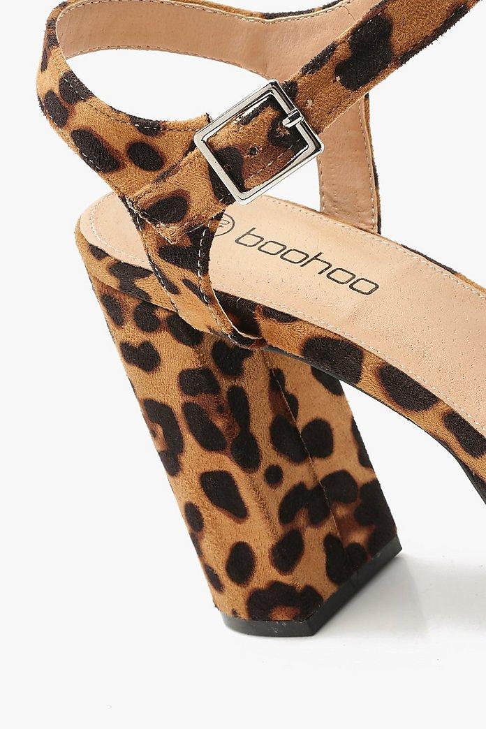 leopardmönstrade skor dam