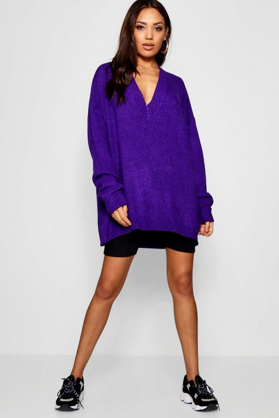 Oversized V-Neck Jumper