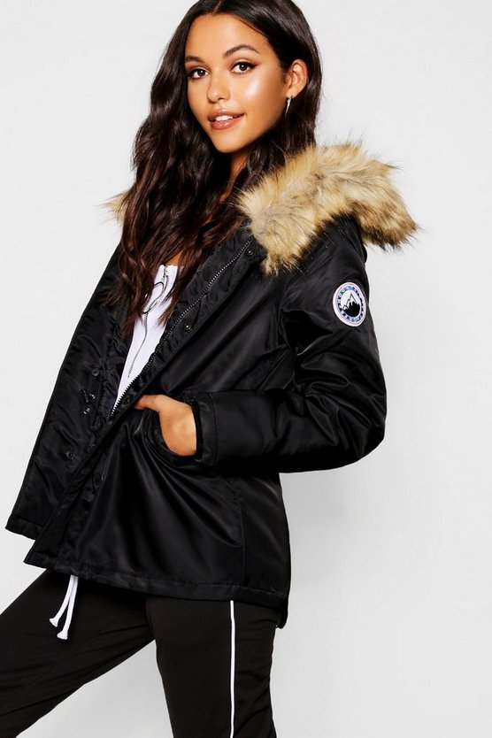 Womens Black Short Sporty Luxe Faux Fur Parka