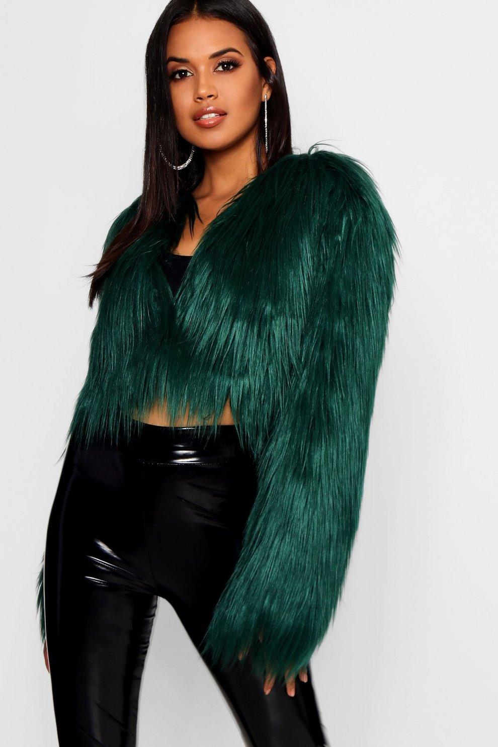 26d87b7de75b Shaggy Crop Faux Fur Coat