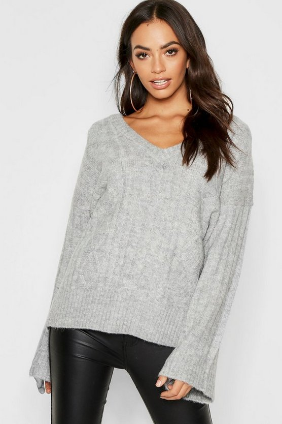 Womens Loose Fit V Neck Cable Sweater