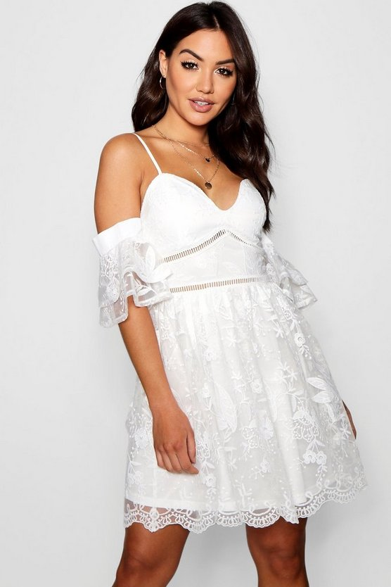 Sally Sweetheart Lace Skater Dress