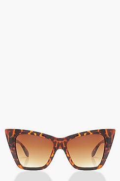 Retro Sunglasses | Vintage Glasses | New Vintage Eyeglasses Oversized Tortoiseshell Cat Eye $12.00 AT vintagedancer.com
