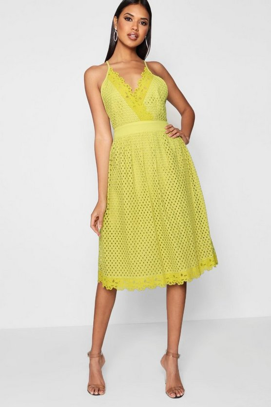 Boutique Daisy Scallop Trim Midi Skater Dress