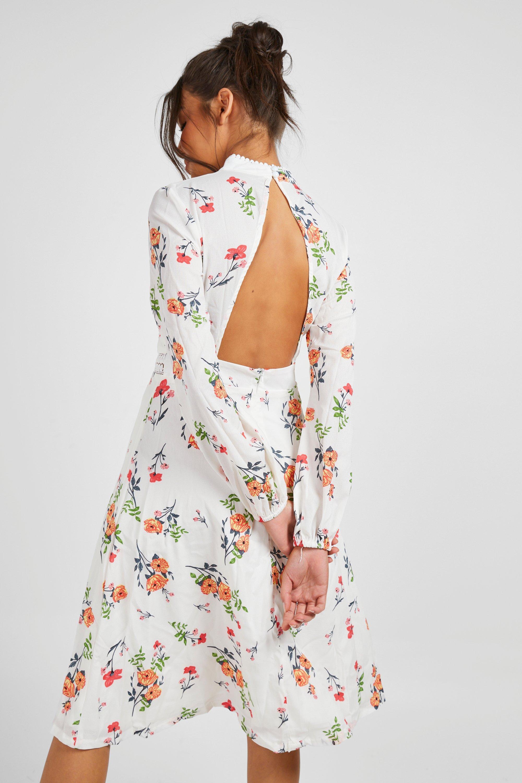 70s Dresses – Disco Dress, Hippie Dress, Wrap Dress Womens Boutique Floral Long Sleeve Skater Dress - white - 10 $26.00 AT vintagedancer.com