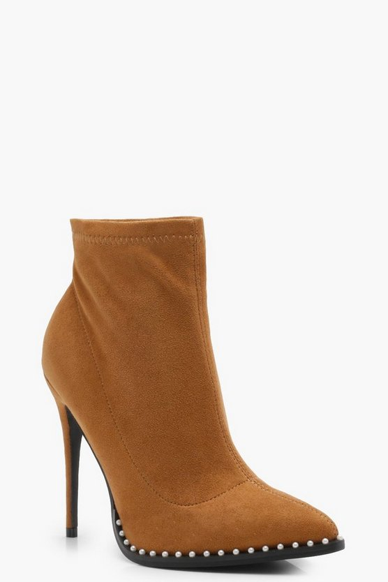 Pin Stud Detail Pointed Shoe Boots