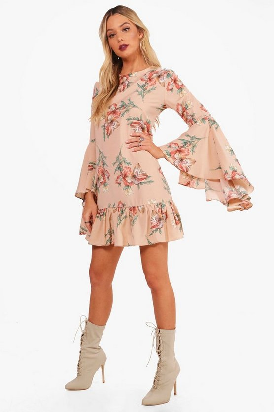 Flute Sleeve Ruffle Hem Shift Dress