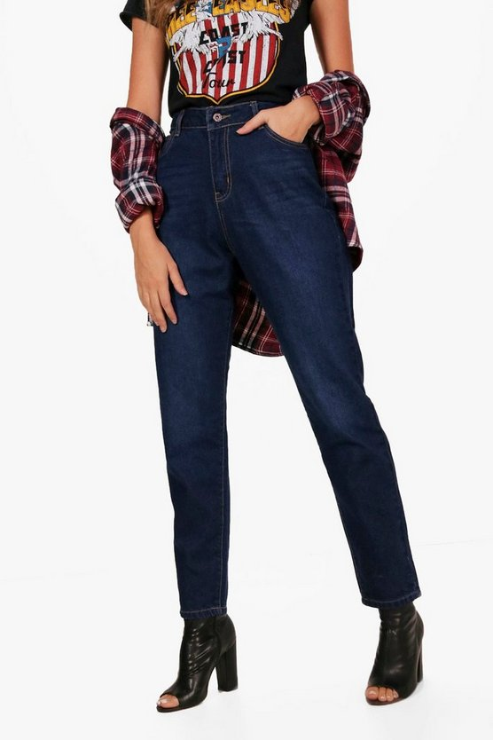 Hoher Taille in indigoblauer Mom-Jeans