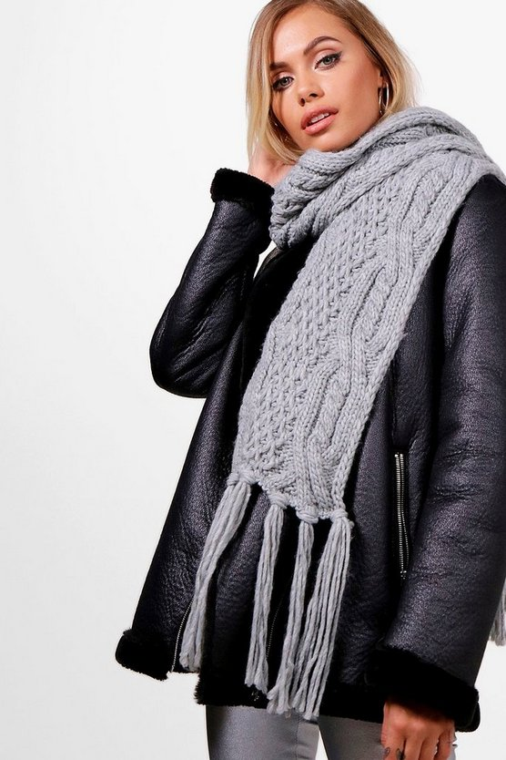 Womens Grey Chunky Knitted Tassel Scarf