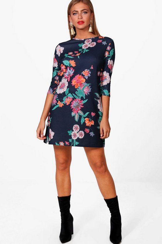 Joss Dark Floral 3/4 Sleeve Shift Dress