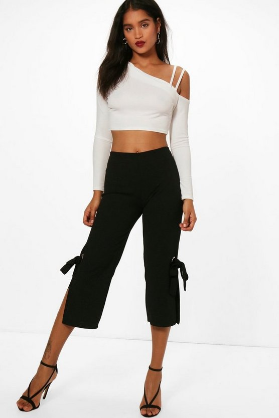 Eyelet Detail Cropped Crepe Trousers