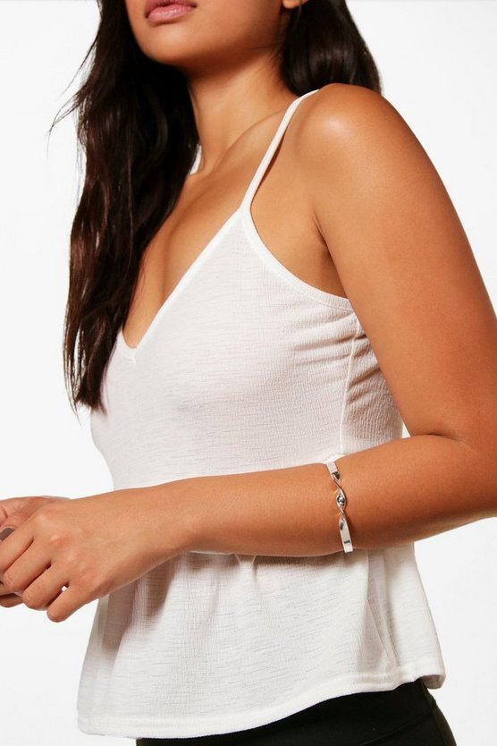 Maya Twist Detail Arm Cuff