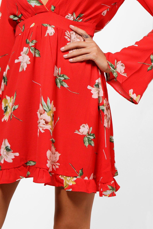 boohoo amelia kleid mit blumen print und weiten rmeln und r schensaum ebay. Black Bedroom Furniture Sets. Home Design Ideas