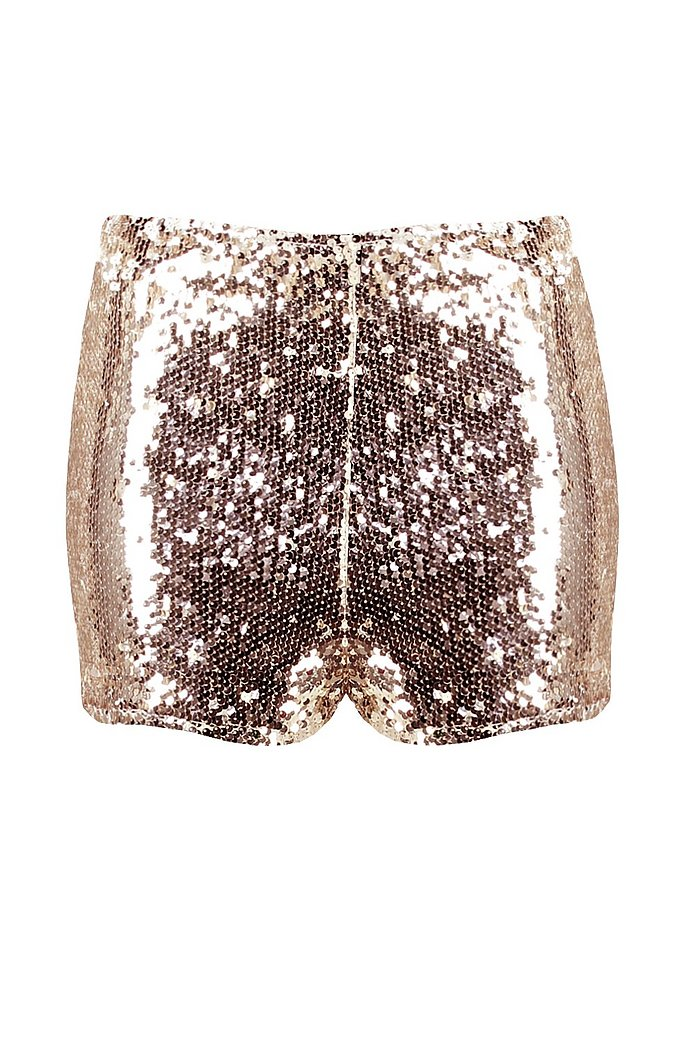 Party outfit mit hotpants