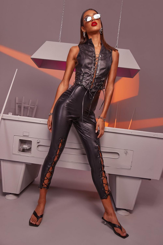 style exquis nouvelle qualité haut de gamme pas cher Pantalon effet cuir devant haut de gamme à lacets | Boohoo