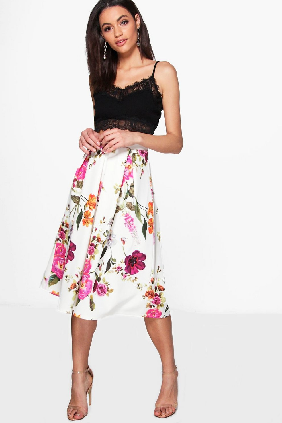 a86a33e0 falda midi floral plisada de corte cuadrado avah
