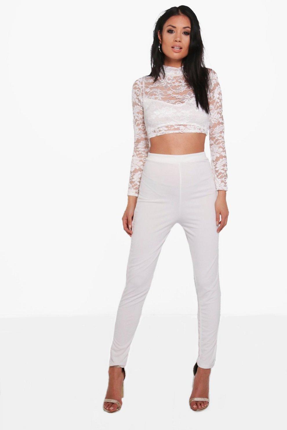 a74c672da conjunto de pantalones skinny y top corto de encaje jean | Boohoo