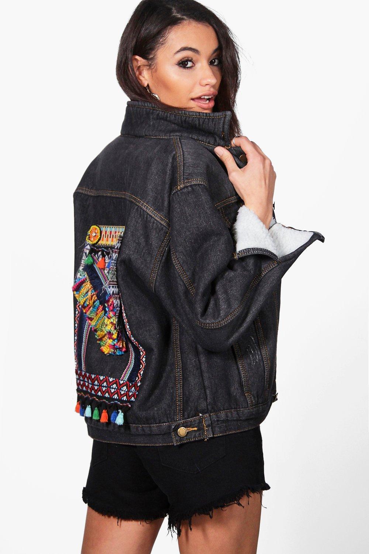 nouvelles promotions acheter réel prix spécial pour mya veste en jean audacieuse brodée dans le dos | Boohoo