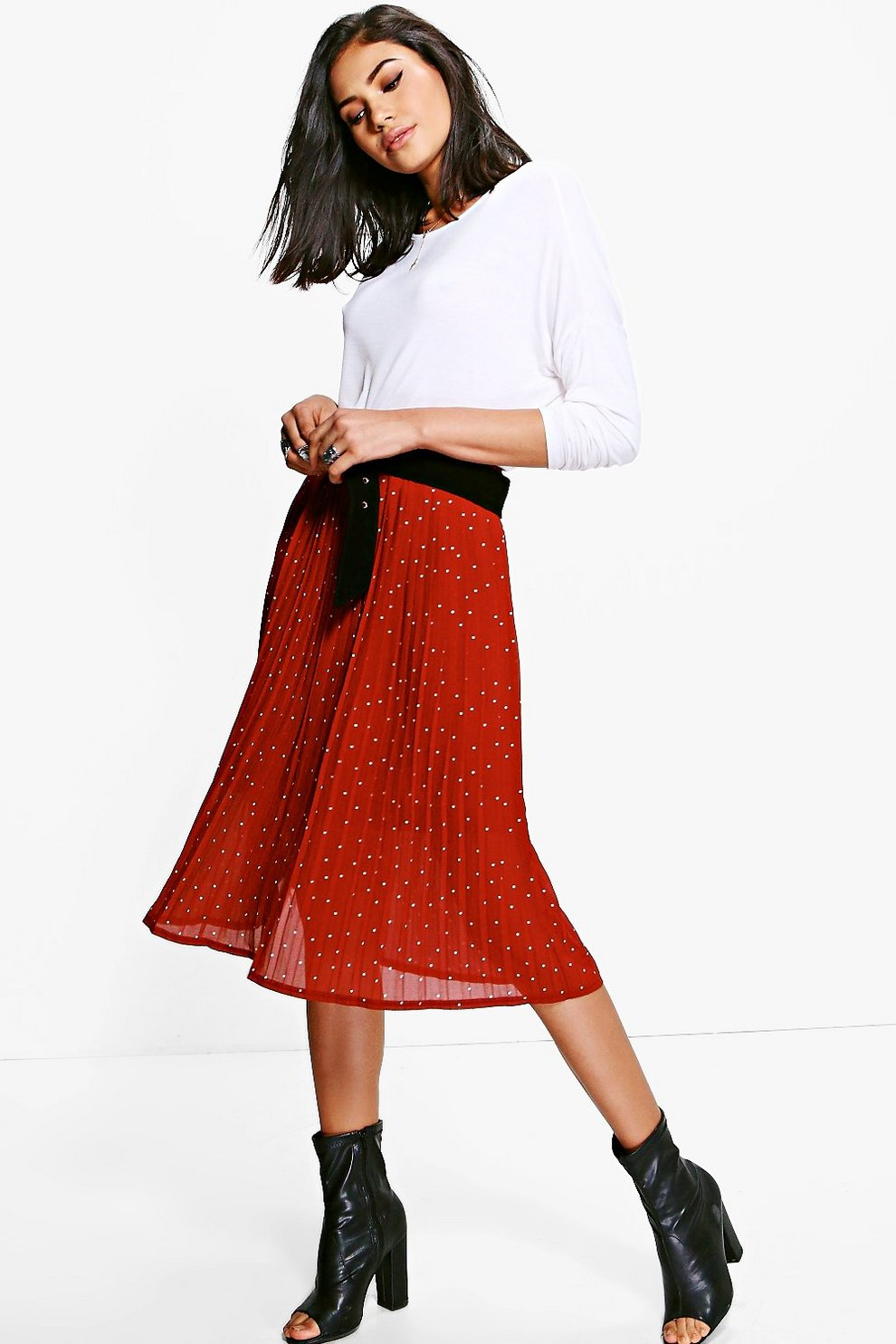 3ed6c04500 Luna Polka Dot Pleated Chiffon Midi Skirt | Boohoo
