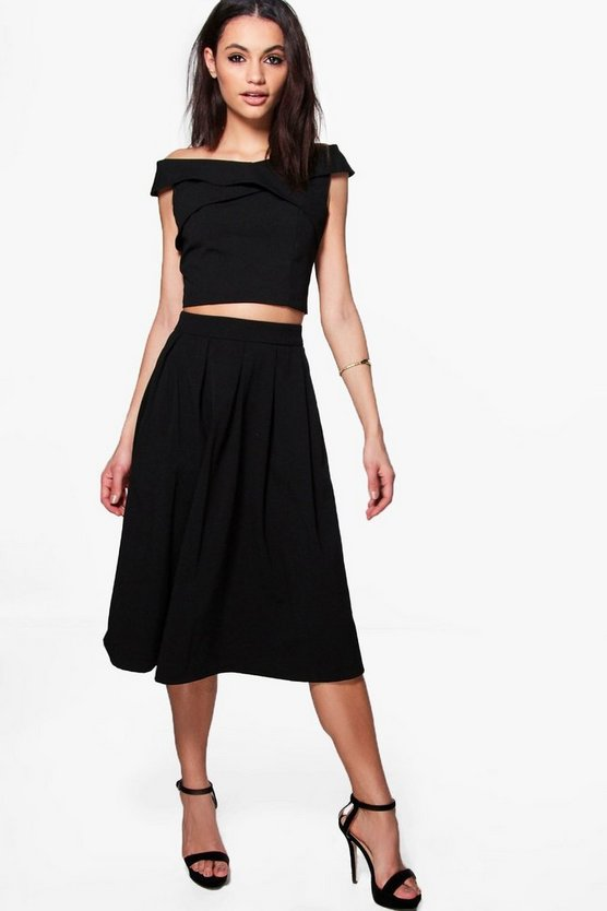 Boutique Loren Box Pleat Crepe Skater Skirt