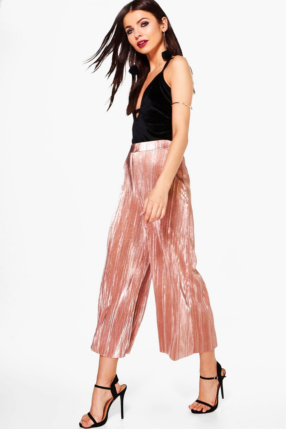 078ec46f45bf Loren Metallic Pleated Wide Leg Culottes | Boohoo