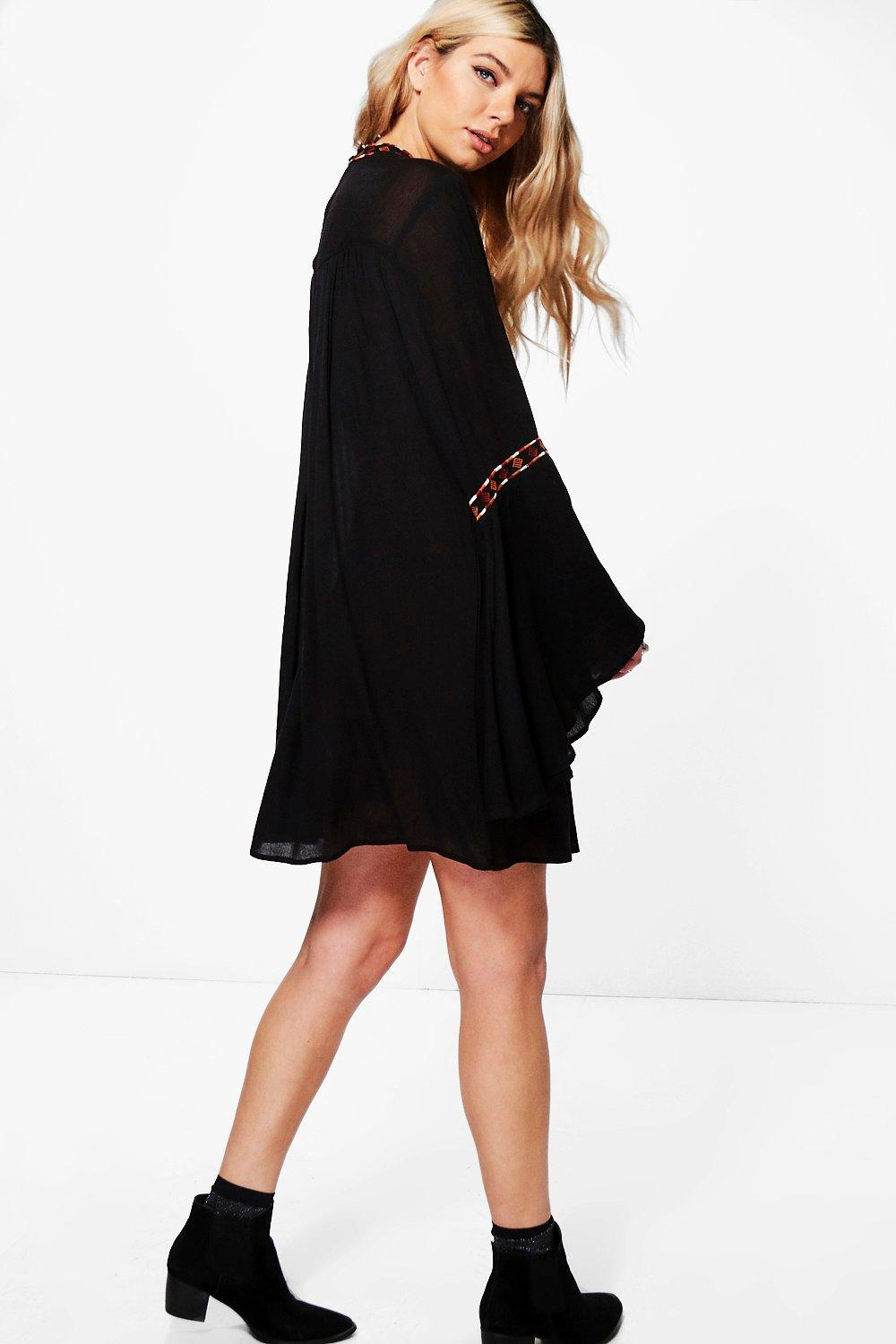 Boohoo-Boutique-Alivia-Robe-Trapeze-Brodee-pour-Femme