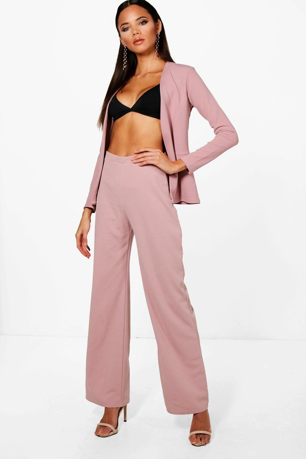 Shop women's trousers & wide leg pants at trueiupnbp.gq Discover a stylish selection of the latest brand name and designer fashions all at a great value.