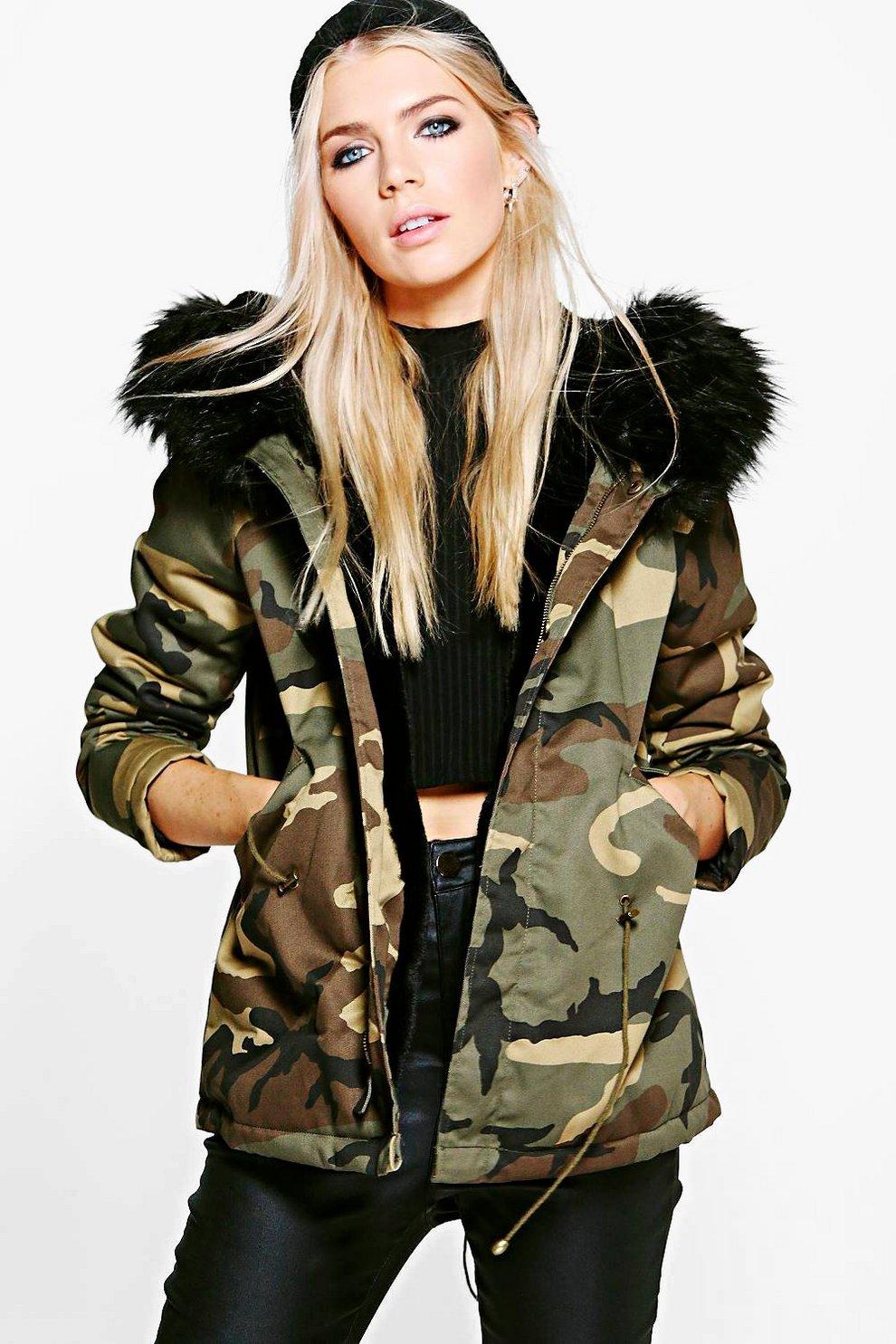 finest selection 4a6e4 0ecf1 Jessica Kurzer Parka mit Camouflage-Print und ...