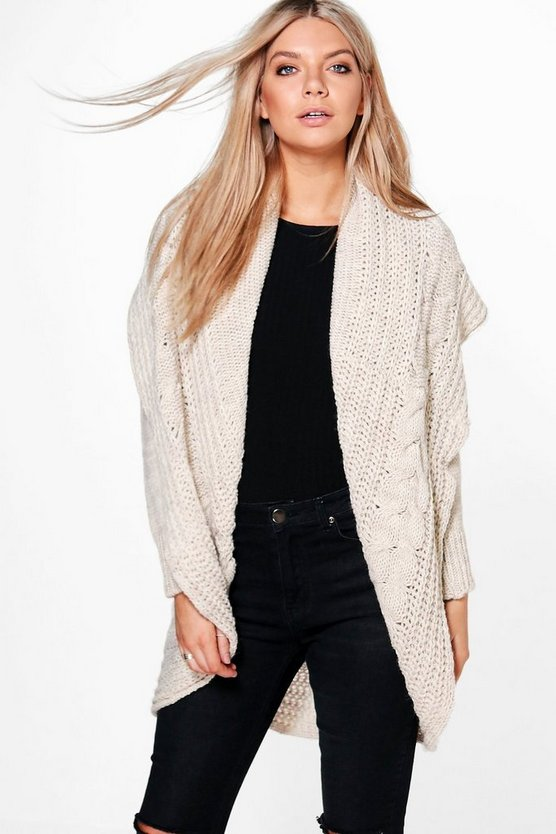 Loose Cable Knit Oversized Cardigan