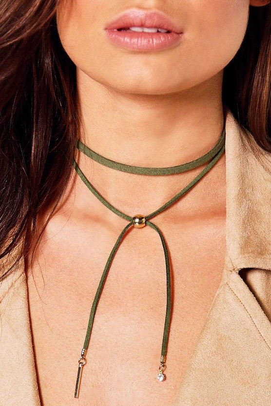 Charm Detail Wrap Around Choker