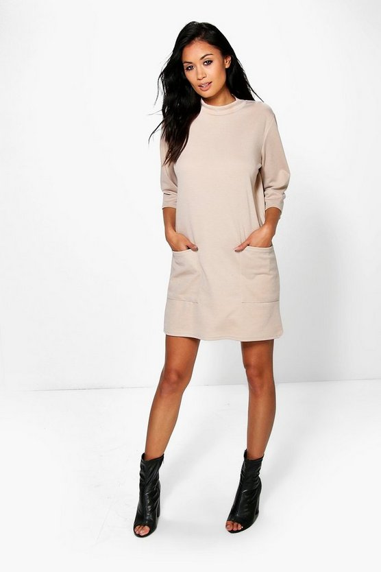 Oversized Pocket Front Box Shift Dress