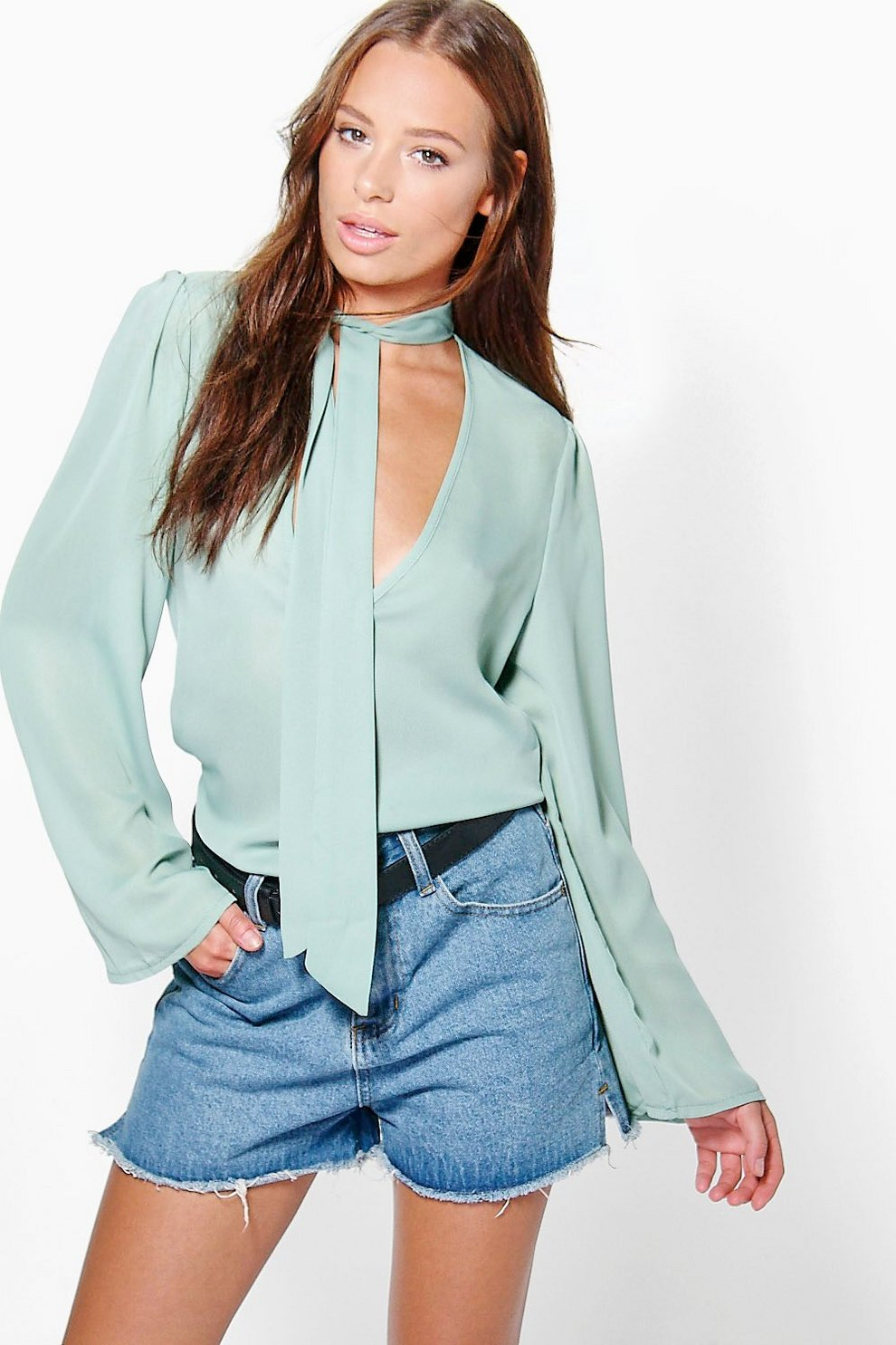 Poppy Pussy Bow Plunge Blouse Boohoo