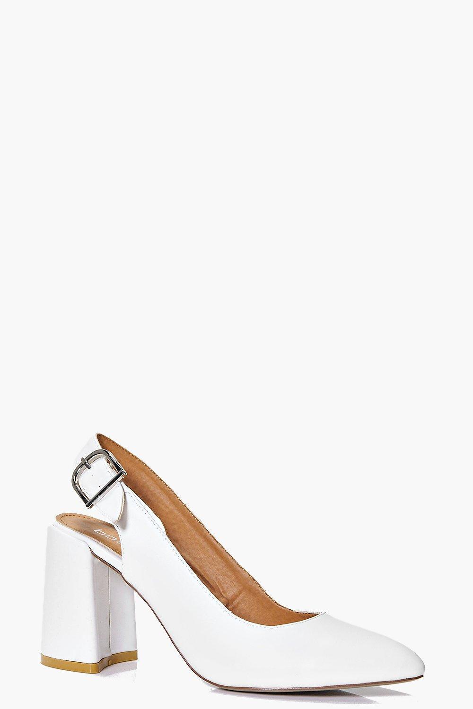 a0aeb8090d Megan Pointed Block Heel Slingback | Boohoo
