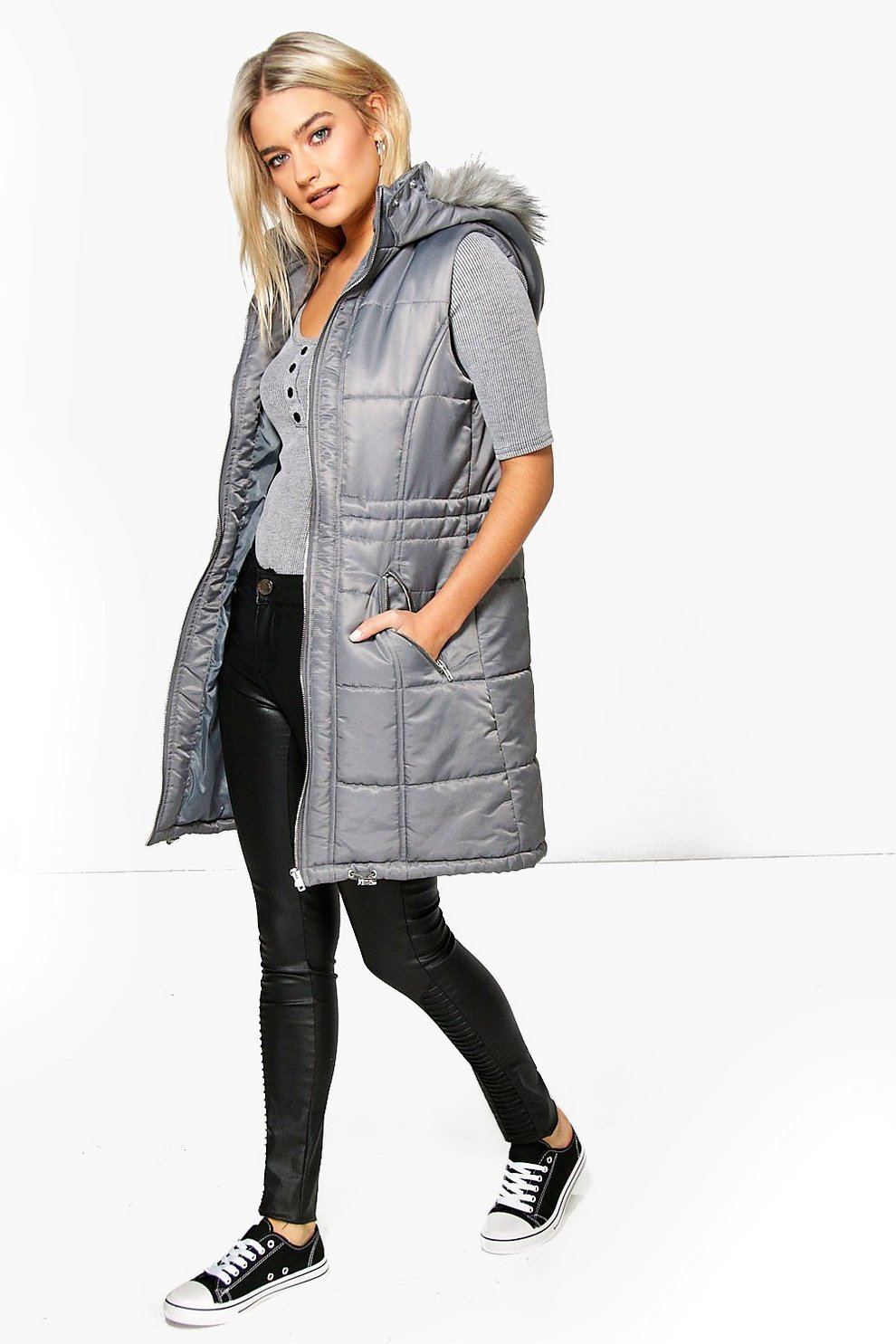 9d70dab74c1e Phoebe Quilted Longline Faux Fur Hooded Gilet | Boohoo