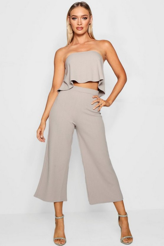 Ensemble assorti top bandeau et jupe-culotte
