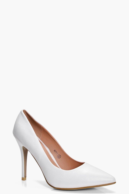 low heel court shoes boohoo