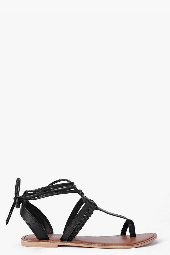 Boutique  Toe Post Ghillie Sandals