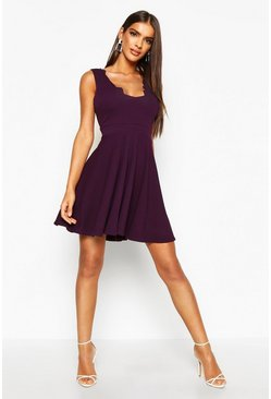 Womens Plum Scallop Plunge Skater Dress