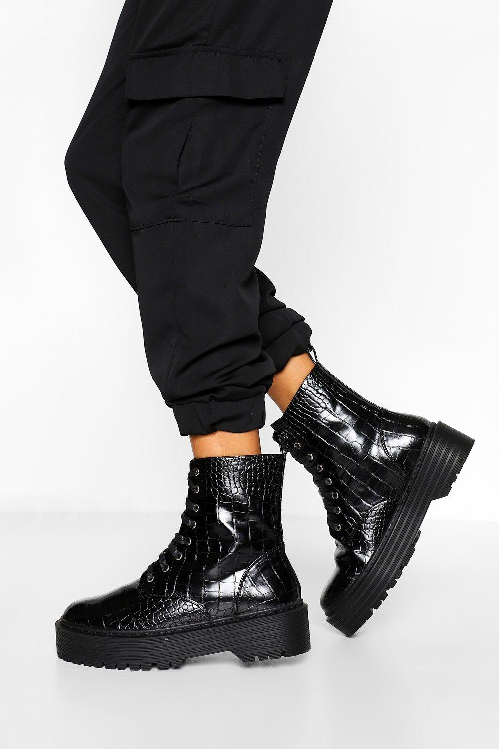 Womens Wide Fit Croc Chunky Hiker Boots - Black - 3