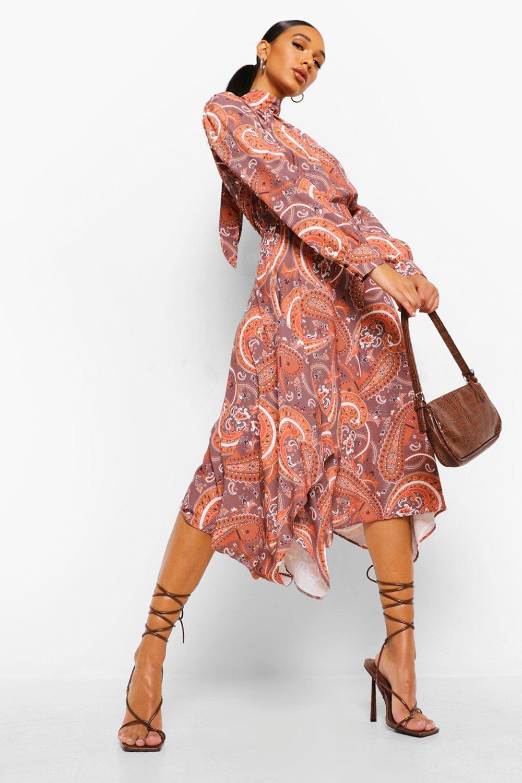 70s Clothes | Hippie Clothes & Outfits Womens Paisley Print Tie Neck Dipped Hem Dress - Brown - 10 $18.00 AT vintagedancer.com