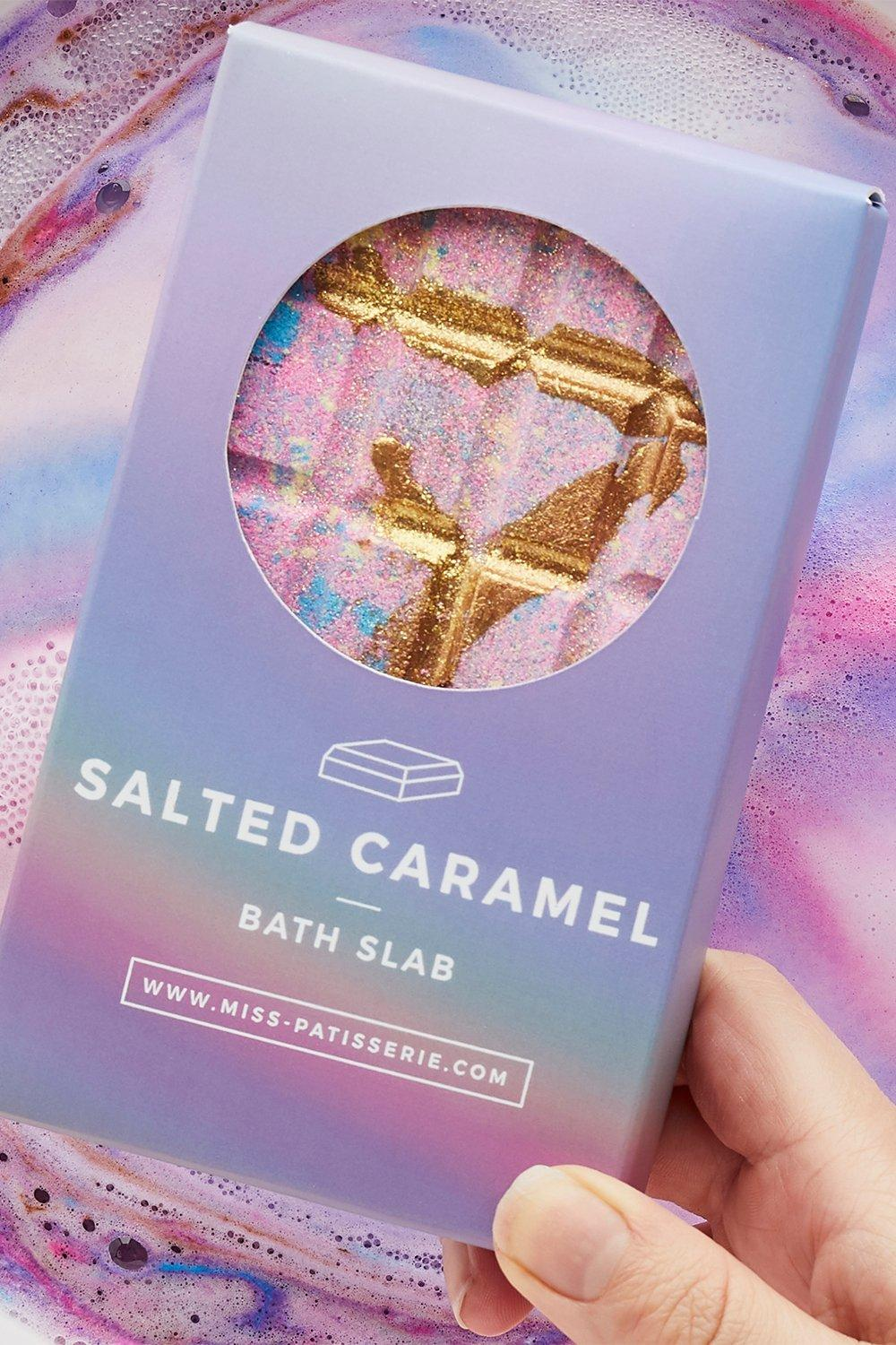womens miss patisserie salted caramel bath slab - pink - one size