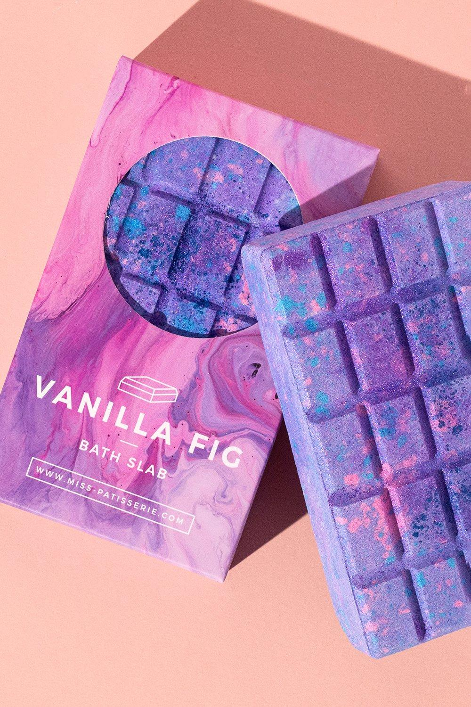 womens miss patisserie vanilla fig bath slab - purple - one size