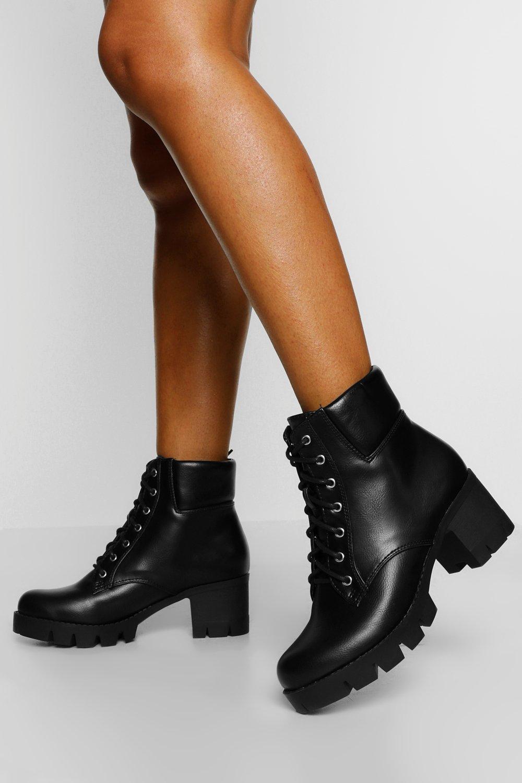Womens Wide Fit Block Heel Hiker Boots - Black - 3