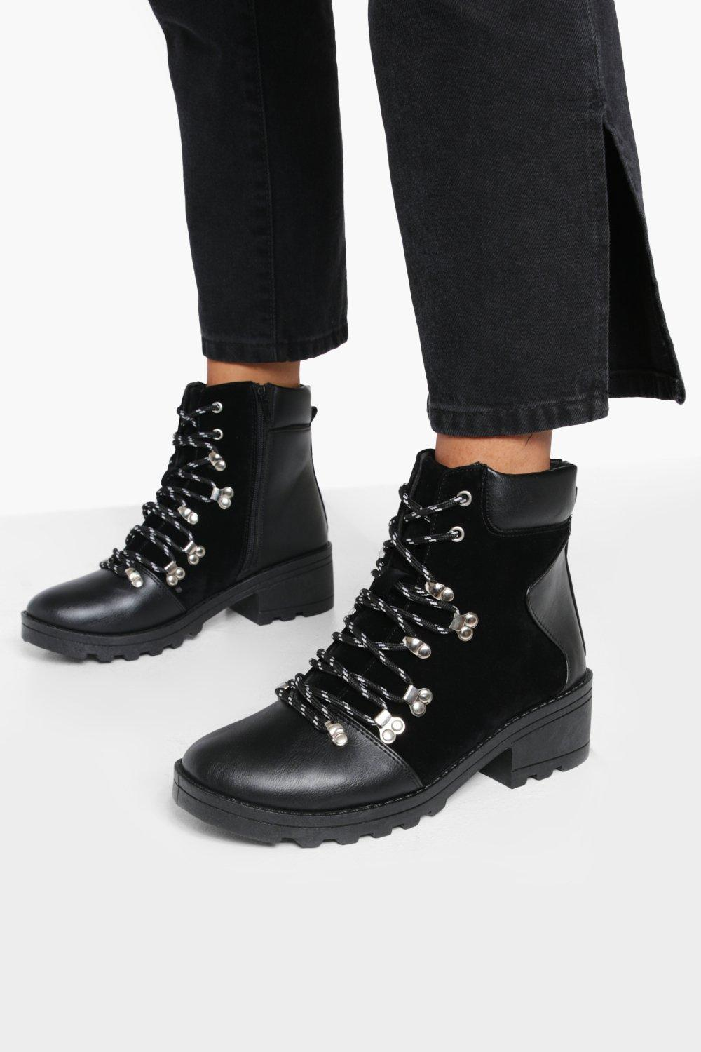 Womens Lace Up Chunky Hiker Boots - Black - 3