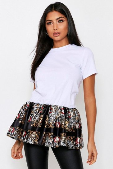 White Frill Bottom Chain Print T shirt