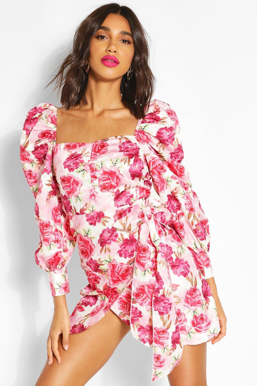 vestido flores drapeado