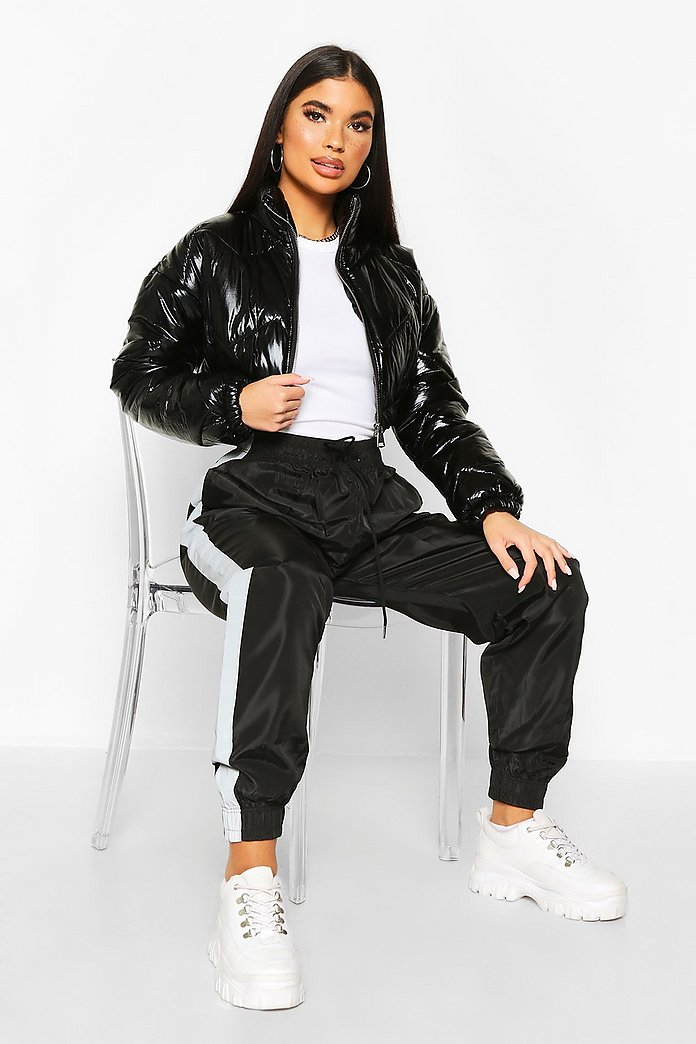 Cappotto imbottito con cappuccio molto lucido, nero boohoo neri giacche bomber